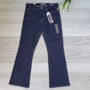 LEVI'S dark wash slimming boot cut jeans *NWT*